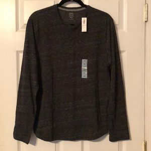 Old Navy men's long sleeve shirt